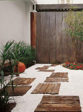 caminhos jardim madeira paletes