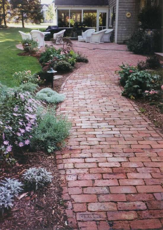 caminhos jardim tijolo simples
